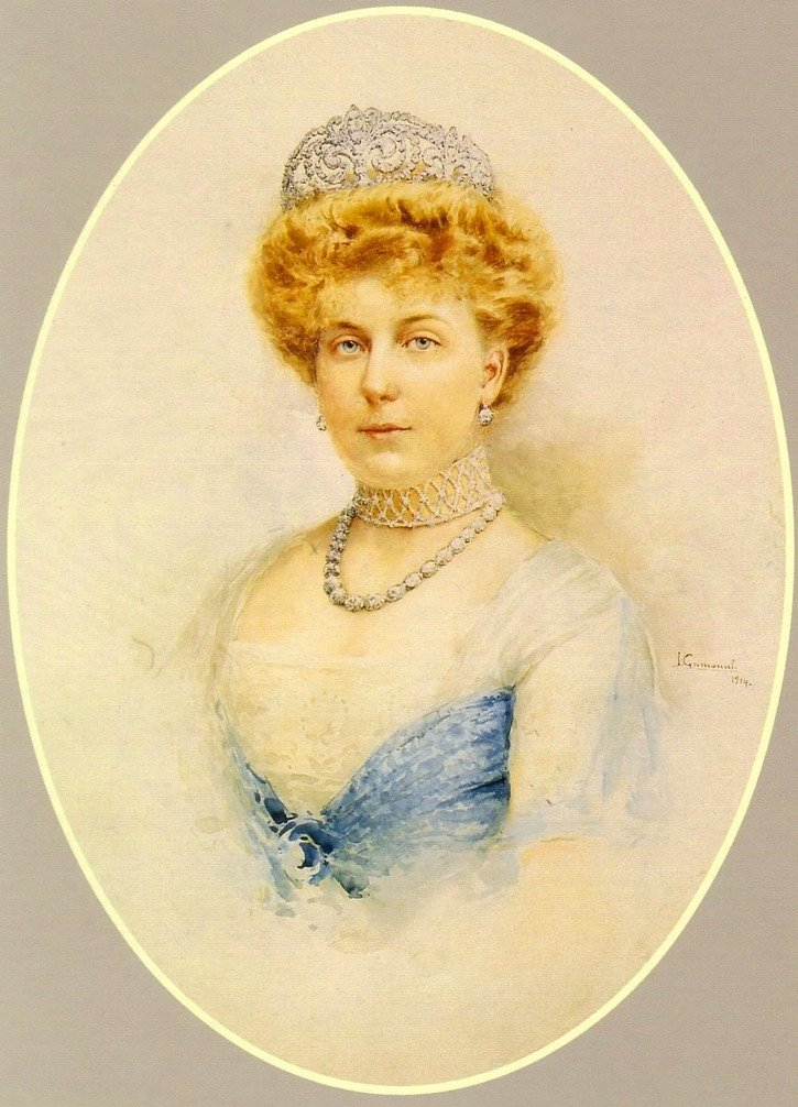 Royal Spanish Tiaras: Queen Ena's La Buena Tiara